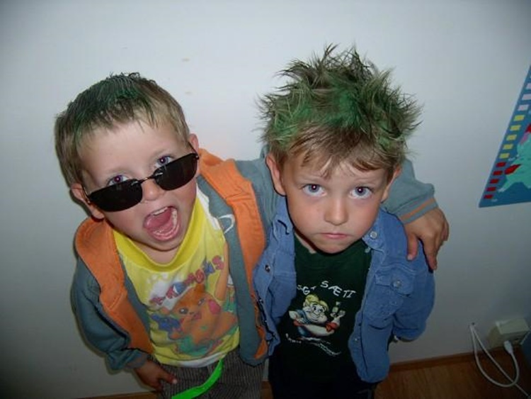Guðmundur says that when he and his twin brother Einar Björn (on the left) were younger their sisters loved dressing them up. The picture was taken on one such occasion when the twins were about five years old. Einar Björn is currently focusing on natural science at school, but intends to change course and focus on social studies next semester.
