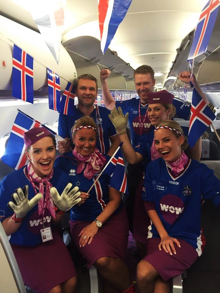 Ögmundur with the crew before a flight to France on Sunday morning with a plane full of Icelanders heading to see France and Iceland face off in the EURO 2016.