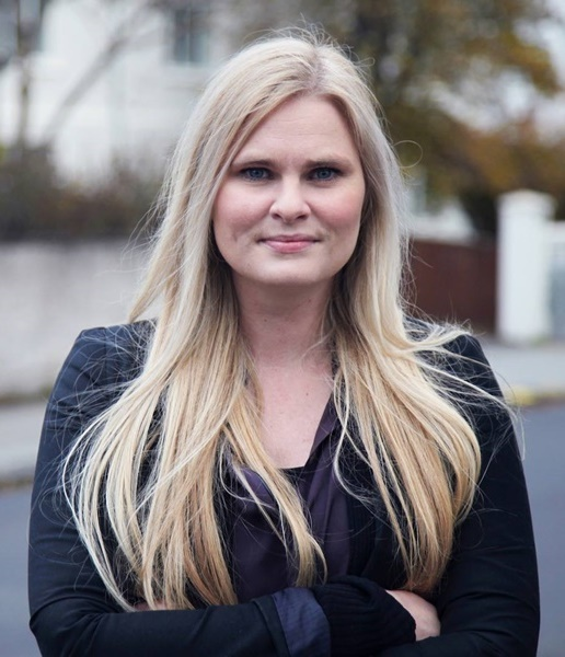 Hildur Sverrisdóttir is running for congress for The Icelandic Independence Party. Hildur was a representative for the party at a recent meeting held by the national queer organisation Samtökin '78.