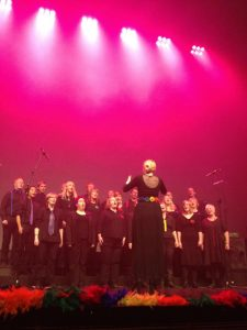 The Queer Choir was founded in the summer of 2011and the following year it started atradition of throwing aChristmas concert.